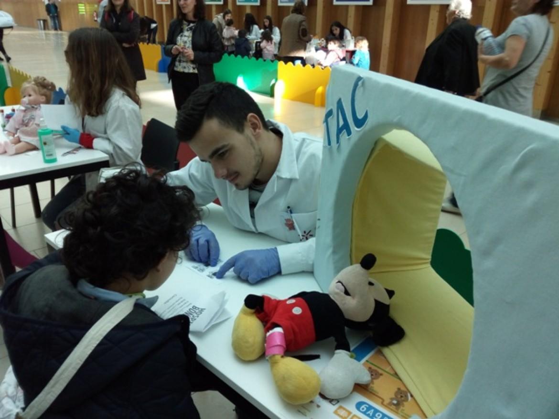 O Jardim de Infância participou, mais uma vez, no Hospital dos Bonequinhos!