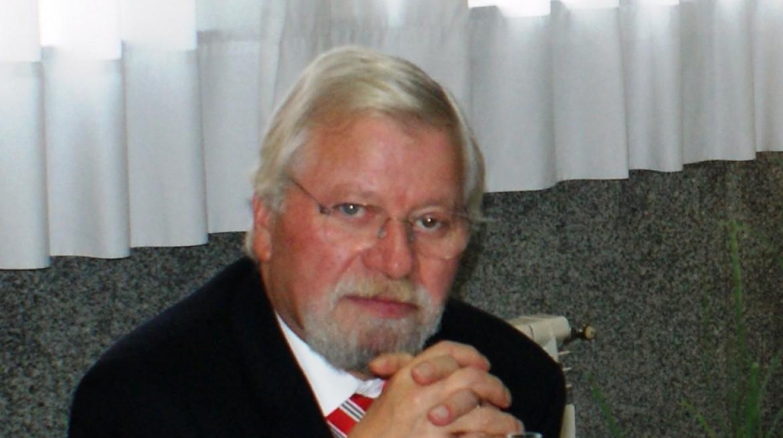 Dr. José Gonçalves Oliveira